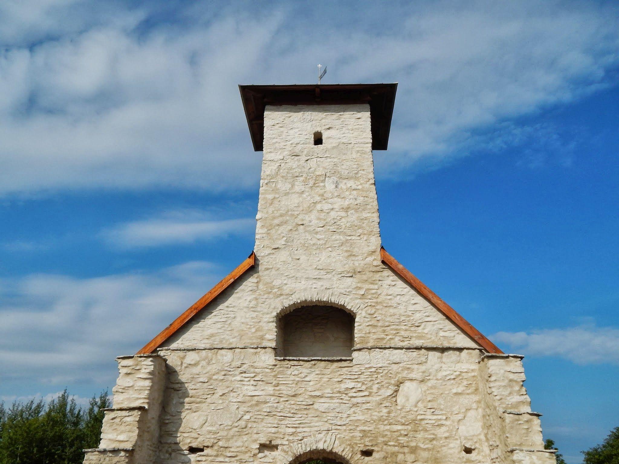 Osmussaare kabeli torn renoveeriti mõned aastad tagasi. Foto: Eve Rohula
