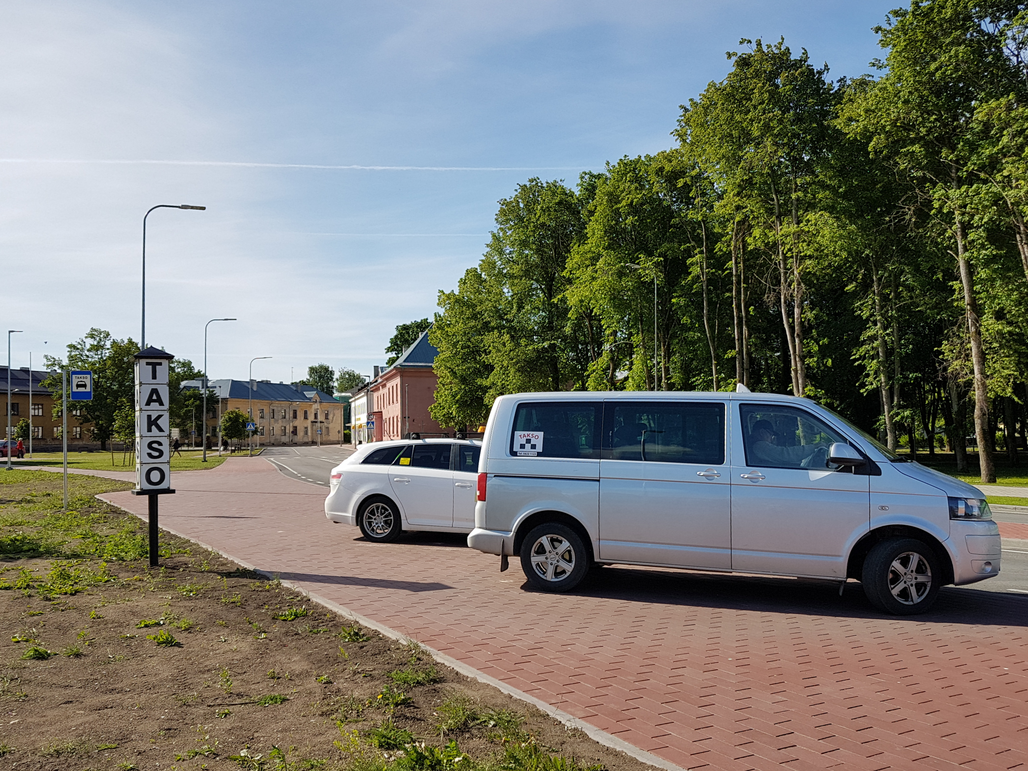Ka Tapa linna taksod on ühistransport. Pildistas Katrin Jõgisaar, Bioneer