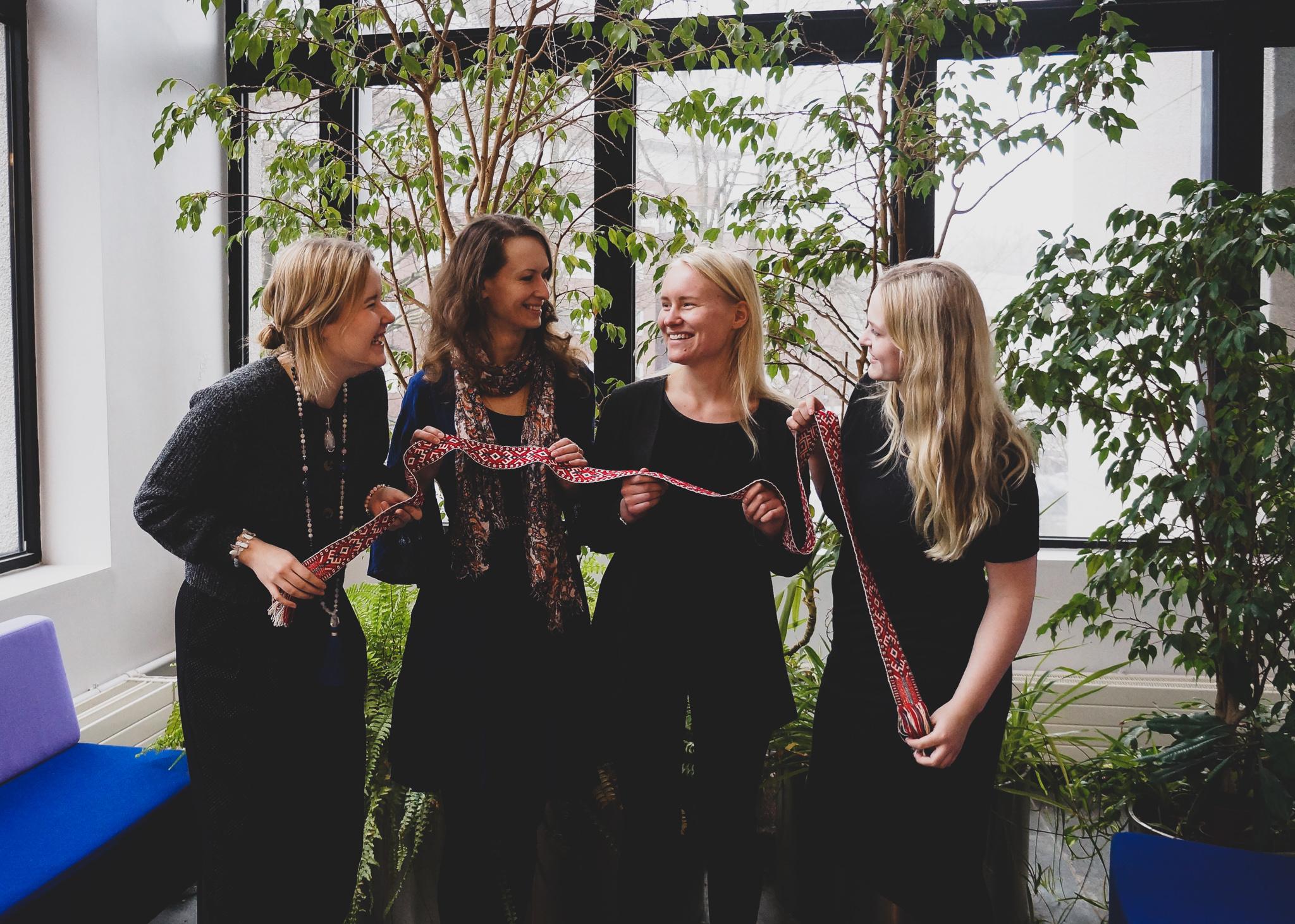 EMTA pärimusmuusikud Karolin Vetevoog, Laura Lehto, Hanna-Liia Kiipus, Svetlana Rodionova