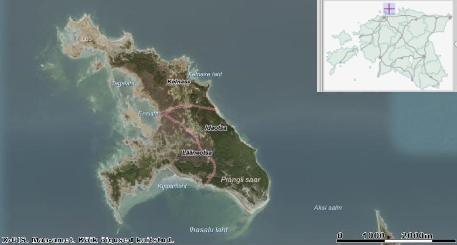 Prangli saart ümbritsevad mitu väiksemat saarekest, millest nii mõnedki on juba jõudnud Prangliga kokku kasvada. All paremal nurgas piilub Aksi ehk Väike-Prangli saar. Allikas: Maa-ameti Geoportaal.